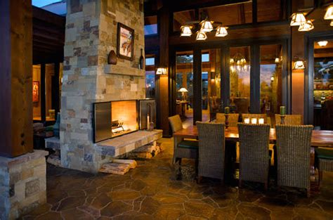 Dual Fireplace Indoor Outdoor by 7 Looks For Your Outdoor Fireplace