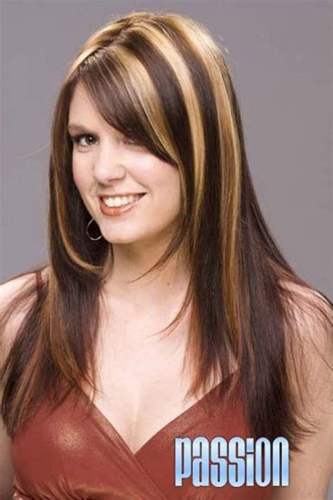 how to highlight dark brown hair by yourself blonde highlights for hair blonde highlights over dark
