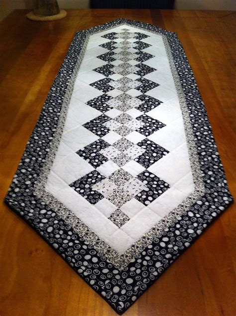 quilt pattern for table runner seminole table runner trilhos mesa pinterest