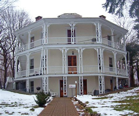 file the octagon house 3601790588 jpg wikimedia commons file octagon house danbury ct jpg wikimedia commons