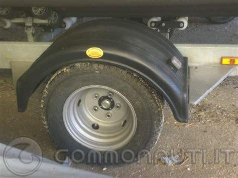 carrello porta auto usato vendesi carrello spoleto 2000 kg vendesi