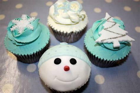 Winter Cupcakes Decorating Ideas by Easy Cupcake Designs And Decorating Ideas