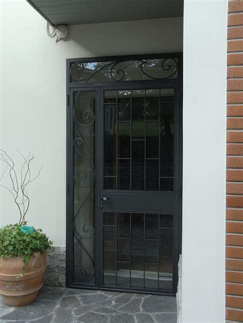 porta ferro battuto porta di sicurezza in ferro verniciato e motivi in ferro