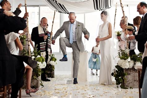 Seven Wedding Blessings Reform by Wedding Photos