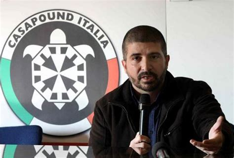 casa paund di stefano casapound candidato sindaco rub 242 bandiera ue