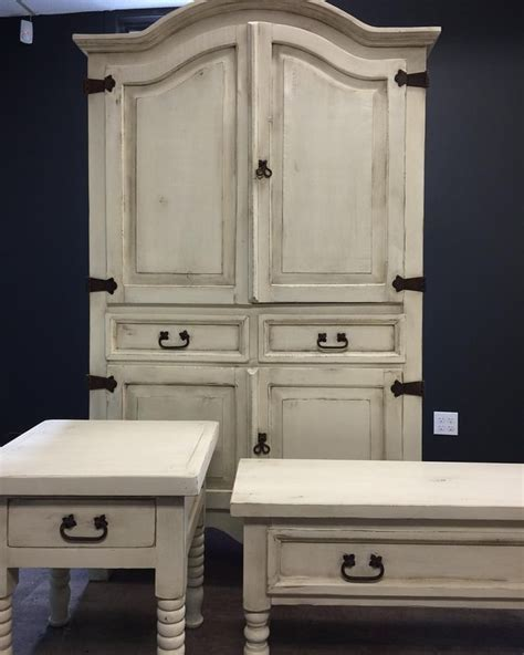 A wonderful rustic finish created with Chalk Paint? by