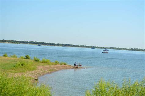 boat rentals on lake lewisville tx lake park lake lewisville