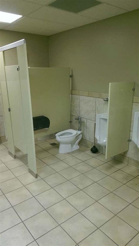 bathroom fail 19 funny bathroom fails you d never want to see yourself