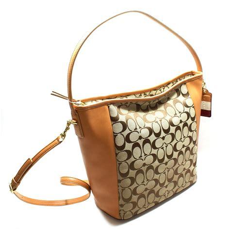 coach swing coach legacy signature shoulder bag swing bag khaki doe