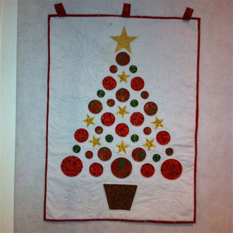 quilted christmas tree wall hanging pattern