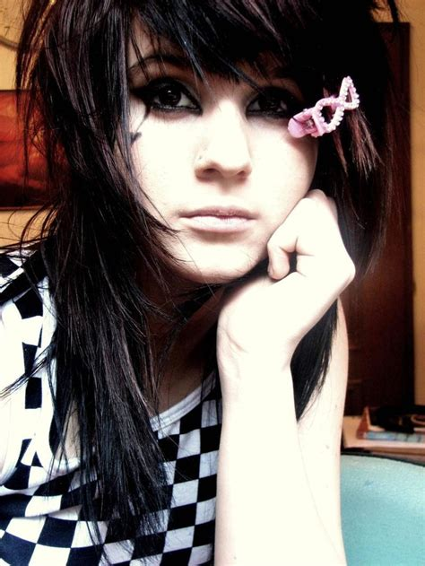 emo hairstyles on pinterest punk hairstyles emo hairstyles edgy hairstyles