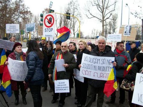 consolato romeno a roma bul艫 il governo romeno le proteste al consolato e una