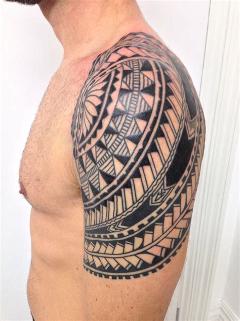 little polynesian shoulder tattoo higgins tattoo