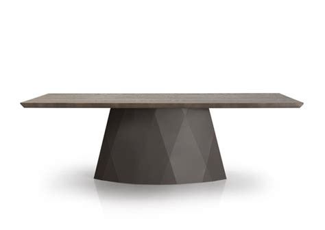 Diamond Table by Trica