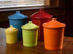 Colored Kitchen Canisters by C 243 Mo Se Dice 168 Kitchen Canisters 168 O 168 Canister Set 168 En