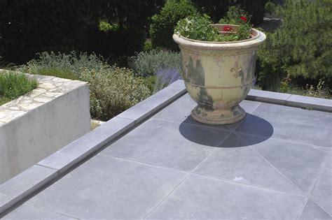 piastrelle in cemento per esterno prezzi piastrelle in cemento per esterno carrabili