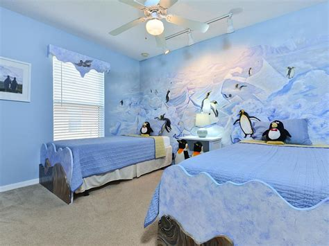 penguins in the room minutes to disney pool ht wifi vrbo