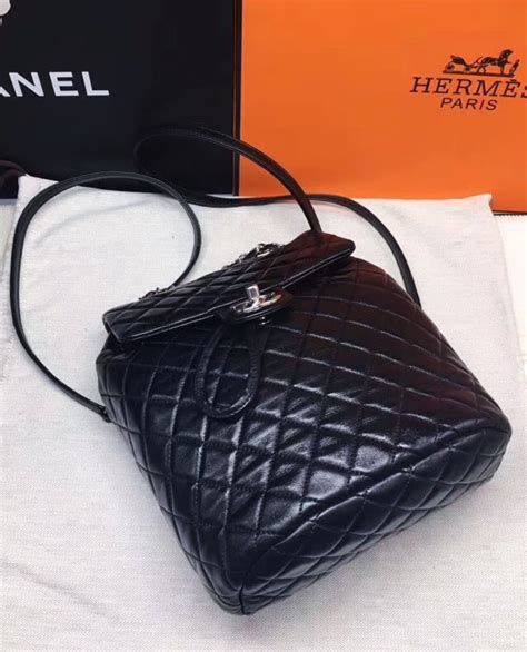 Bacpack Chanel 930 authentic chanel black quilted lambskin and 50 similar items