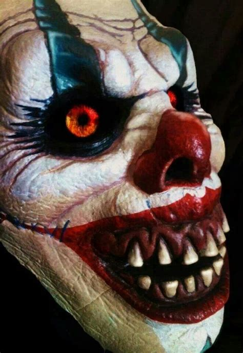 Why Do Find Clowns Scary Best 25 Creepy Clown Ideas On Scary Clown Costume Scary Clown Makeup And