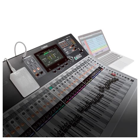 Mixer Yamaha Tf5 yamaha touchflow tf5 32 channel digital mixer at gear4music ie