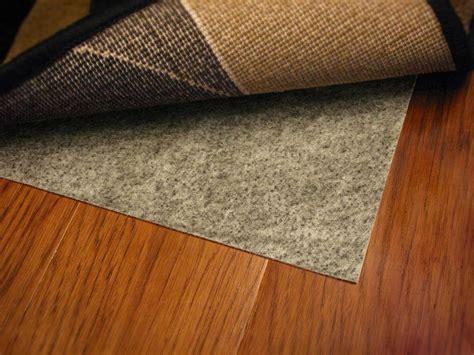 rubber backed rugs on hardwood floors roselawnlutheran