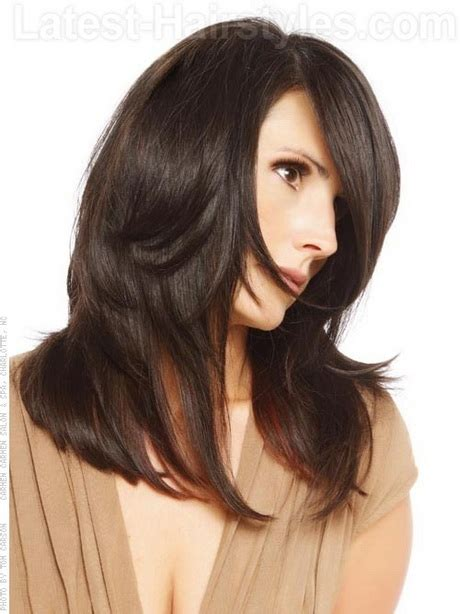 long straight hairstyles layered toward face straight layered haircut