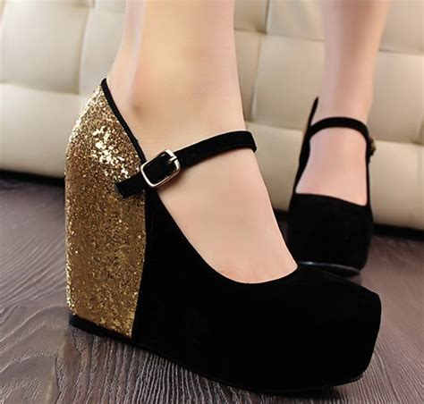 shoes every should 10 types of shoes for pumps boots platforms wedges