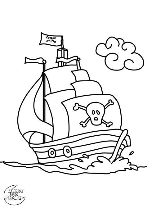 dessin bateau pirate imprimer coloriage pirate 224 colorier dessin 224 imprimer