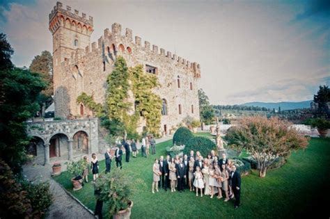 Wedding in a castle in Florence, Tuscany > weddings in