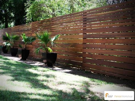 Panneau Brise Vue 821 by Horizontal Board Fence Design This Fence Was Made From