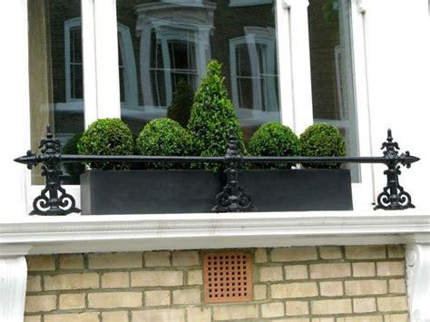 Blumenkasten Fensterbank Aussen by Die Besten 17 Ideen Zu Blumenkasten Fensterbank Auf
