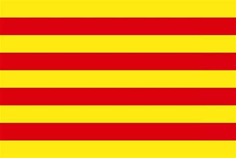 barcelona flag understanding catalan flags la senyera and l estelada