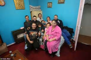 The Livingroom Glasgow romanian family your benefits system is crazy it s like