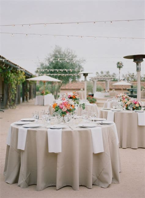 Wedding Tablecloths by 25 Best Ideas About Wedding Table Linens On