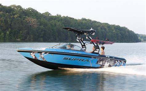 supra boats vs nautique 2013 supra 21 v launch tests news photos videos and