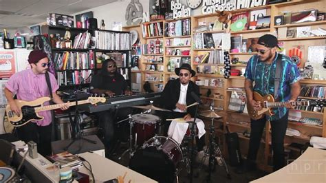 Small Desk Concerts Npr Small Desk 8 Npr Tiny Desk Series Performances For Fatherly Tiny Desk Concerts Audio Npr