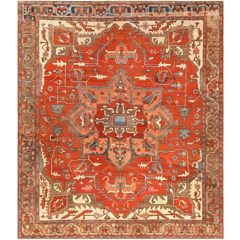 Antique Persian Heriz Serapi Rug At 1stdibs Heriz Rug