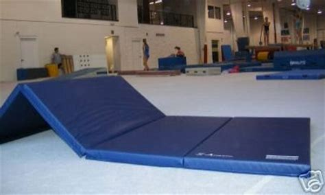 Used Gymnastics Mats Cheap by 4 X8 X2 Quot Gymnastics Tumbling Martial Arts V4 Folding Mat