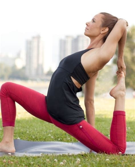 making yoga more fun with fashionable yoga clothes for women the ultimate guide to women workout outfits 87 ideas