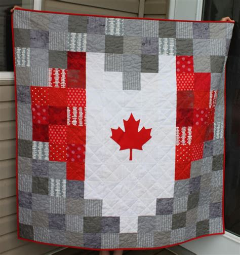 heart shaped quilt pattern daydreams of quilts heart shaped canadian flag pixelated