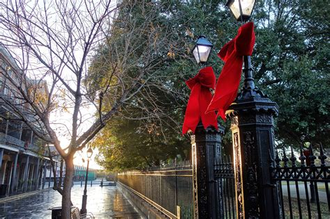 places to see christmas lights in new orleans how to spend day in new orleans