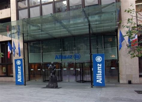 allianz siege social allianz s est pr 233 par 233 pour affronter 2017