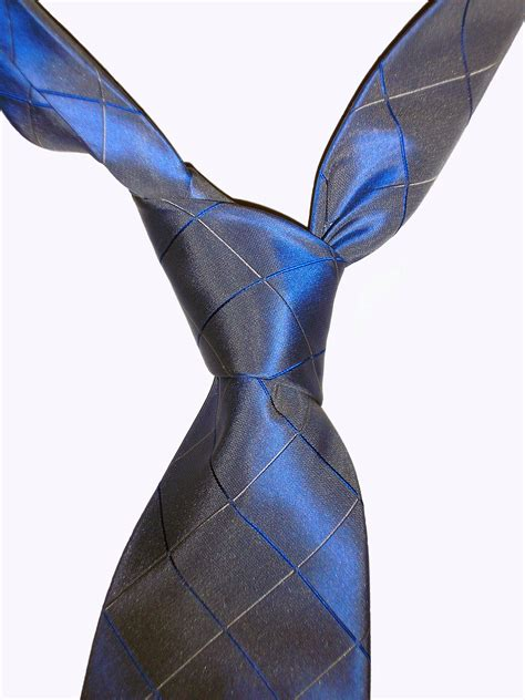 how to tie a tie project