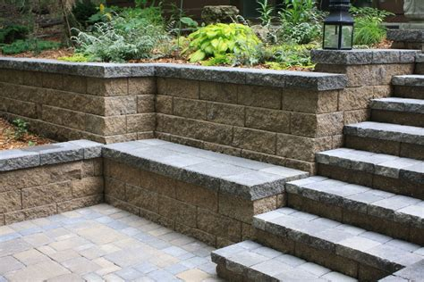 Retaining Wall Planter by Retaining Walls Terraces Planters Villa Landscapes