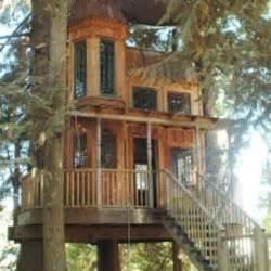 tiny victorian house tiny victorian tree house a bayou state of mind pinterest