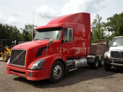 volvo vnl  truck sales