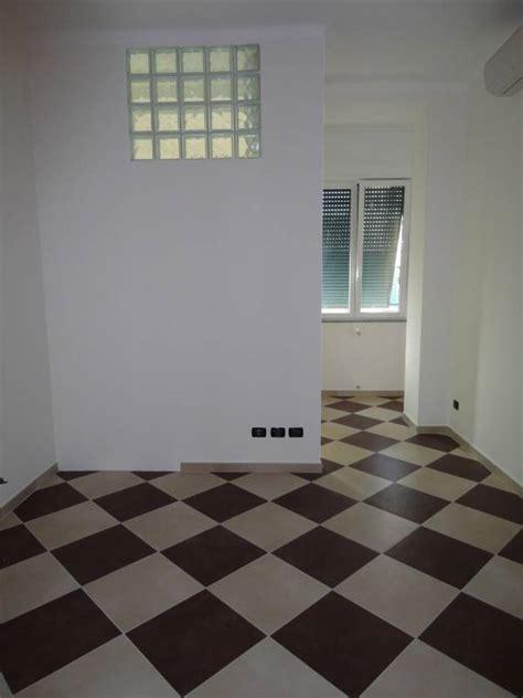pavimento a scacchiera pavimenti parquet