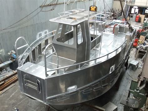 aluminum boat builders aluminium boats and superstructures isle of wight boat
