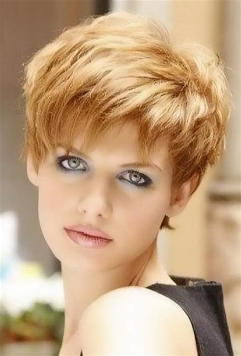 short bubble hairstyle for woman short haircuts ladies
