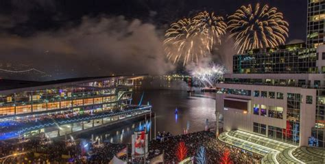 new year 2016 international vancouver 80 000 pack new year s vancouver nye event in